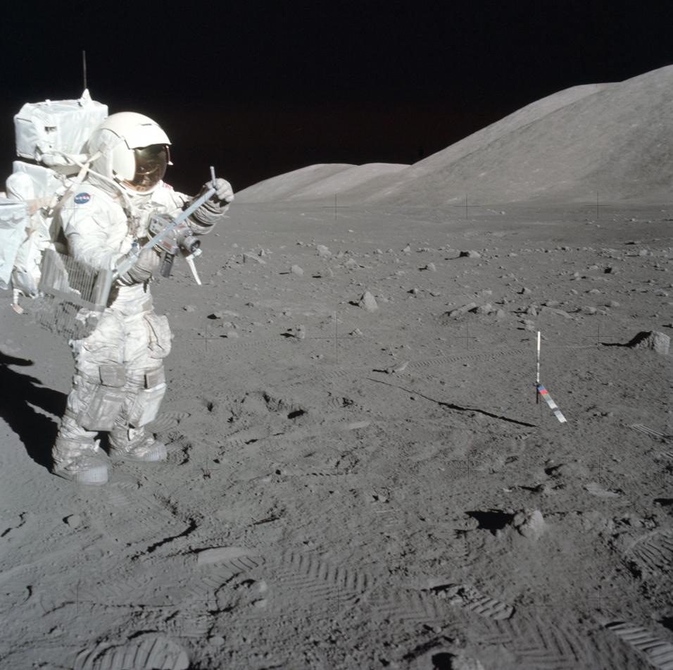Аполлон_17_3.jpg